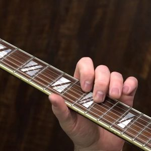 A Simple Clapton Lick To Play Over The V Chord In Crossroads